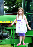 14T JRR Child & Tractor 130719